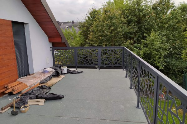 barierki na balkonie2